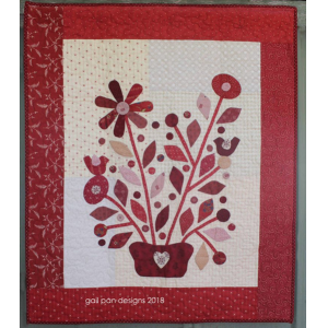 Gail Pan Red Delight bloemenquilt